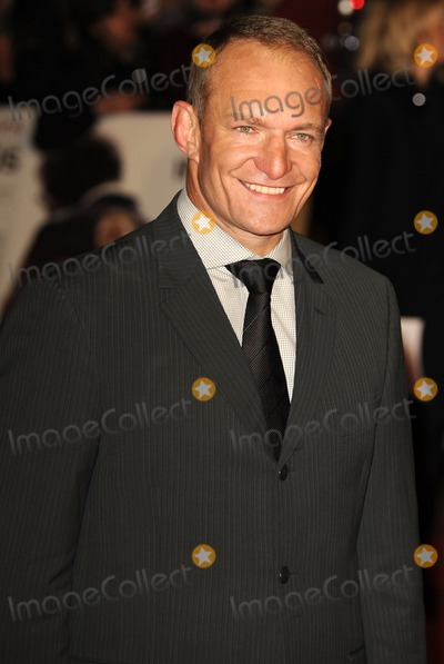 Francois Pienaar Photo - London UK  Francois Pienaar    at the UK premiere of the film Invictus held at the Odeon West End in Leicester Square 31st January 2010 Ref   SYDLandmark Media
