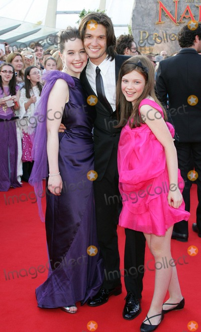 Anna Popplewell Photo - London UK L-R Anna Popplewell Ben Barnes and Georgie Henley at the UK premiere of their film  The Chronicles of Narnia  Prince Caspian 02 ArenaLondon The film is the second in the series based on the books of CSLewis 19th June 2008 Keith MayhewLandmark Media