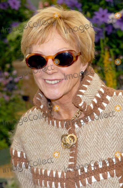 Anne Robinson Photo - London UK Ann Robinson at the Chelsea Flower Show 2009 - Press and VIP preview day 18th May 2009Chris Joseph Landmark Media