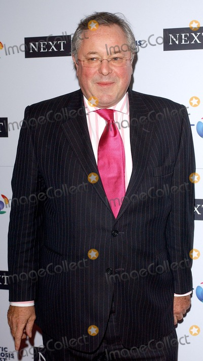 Richard Whiteley Photo - London Richard Whiteley at the Cystic Fibrosis Trust Breathing Life Awards held at the Royal Lancaster Hotel 28 April 2005Eric BestLandmark Media