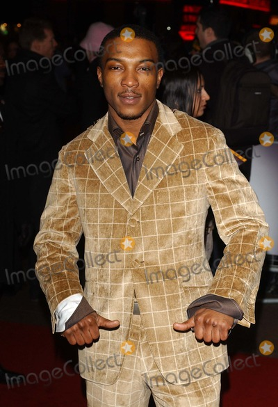Asher D Photo - London Ahsley Walters (Asher D of So Solid Crew - stars in the new movie) at the premiere of Get Rich or Die Trying held at the Empire Leicester Square17 January 2006Eric BestLandmark Media