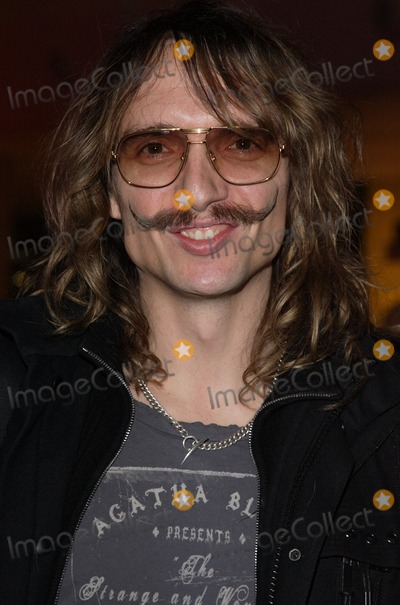Justin Hawkins Photo - London UK Justin Hawkins at the Ed Hardy Store Launch Party and Fashion Show at Westfield Centre London 1st December 2009Keith MayhewLandmark Media