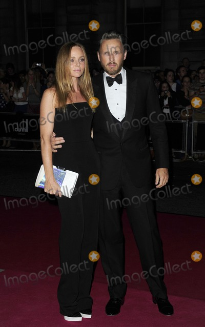 Alasdhair Willis Photo - London UK Stella McCartney and Alasdhair Willis at the GQ Men of the Year Awards at the Royal Opera House Covent Garden 4th September 2012SydLandmark Media