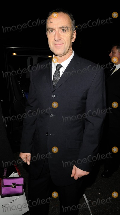 Angus Deayton Photo - London UK Angus Deayton at the British Comedy Awards held at the London TV Studios 6th December 2008Can NguyenLandmark Media