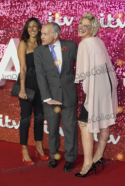 Alastair Stewart Photo - London UK Alastair Stewart  at  the ITV Gala held at the London Palladium on November 9 2017 in London EnglandRef LMK386-J1110-101117Gary MitchellLandmark MediaWWWLMKMEDIACOM