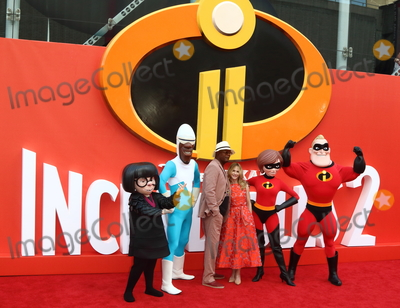 Holly Hunter Photo - London UK Holly Hunter and Samuel L Jackson at Incredibles 2 UK film premiere BFI Southbank Belvedere Road London UK on Sunday 08 July 2018Ref LMK73-J2270-090718Keith MayhewLandmark MediaWWWLMKMEDIACOM