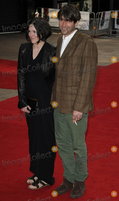Alex James Photo - London UK Alex James and Claire Neate at the UK premiere of Inglourious Basterds held at the Odeon Leicester Square London 23rd July 2009Can NguyenLandmark Media
