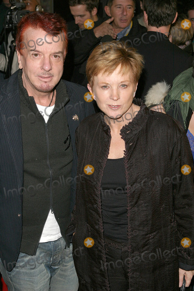 Anne Robinson Photo - London Anne Robinson and Nicky Haslem at the premiere of Suzy Gold 3rd March 2004 PICTURES BY GOFFREDO CROLLALANZALANDMARK MEDIA