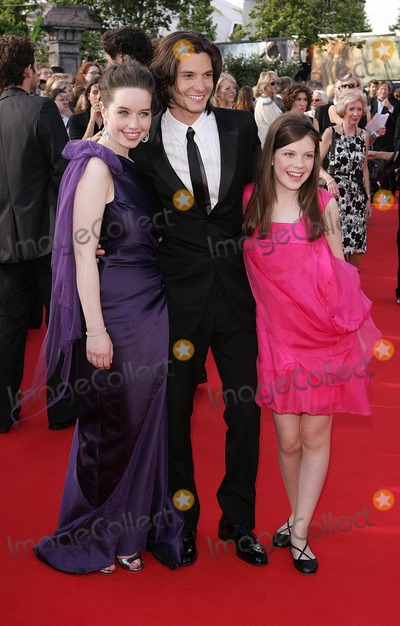 Anna Popplewell Photo - LondonUK L-R  Anna Popplewell Ben Barnes and Georgie Henley at the premiere of their film The Chronicles of Narnia Prince Caspian  at the 02 Arena London 19th June 2008 Dave NortonLandmark Media