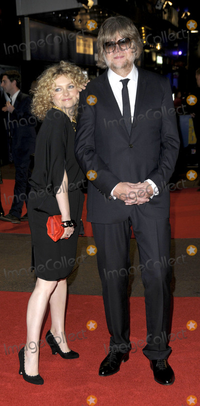 Alison Goldfrapp Photo - London UK   Alison Goldfrapp and Will Gregory at the premiere of Nowhere Boy at the closing gala of the Times BFI 53rd London Film Festival at the Odeon Leicester Square 29th October 2009 SydLandmark Media