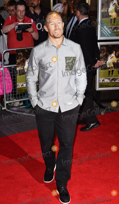 Jonny Wilkinson Photo - London UK Jonny Wilkinson  at the World Premiere of Building Jerusalem at The Empire Leicester Square London on Tuesday 1 September 2015 Ref LMK392 -58088-020915Vivienne VincentLandmark Media WWWLMKMEDIACOM