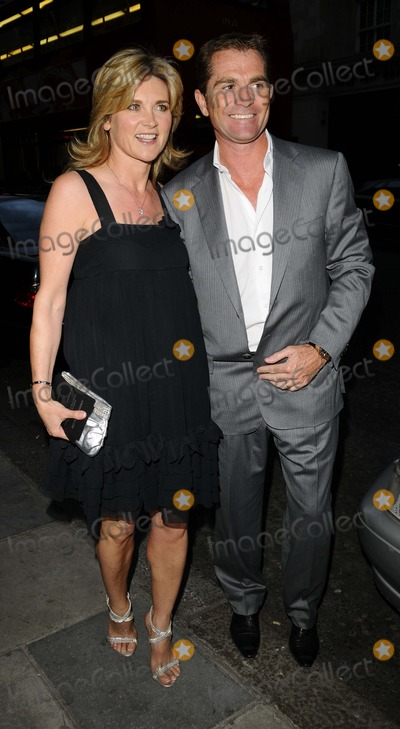 Anthea Turner Photo - LondonUK Anthea Turner and Grant Bovey at Karen Millens OBE party  Berkeley Street London 11th June 2008Can NguyenLandmark Media