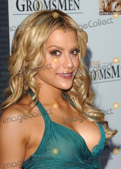 Trevor Moore Photo - Los Angeles USA Brittany Murphy at the World Premiere of The Groomsmen Held at the Arclight Cinema Hollywoood12 July 2006Trevor MooreLandmark Media