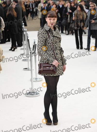 Alexandra Roache Photo - London UK Alexandra Roach at the Burberry Autumn Winter 2012 Womenswear Show London Fashion Week (LFW) Kensington Gardens 20th February 2012  Landmark Media