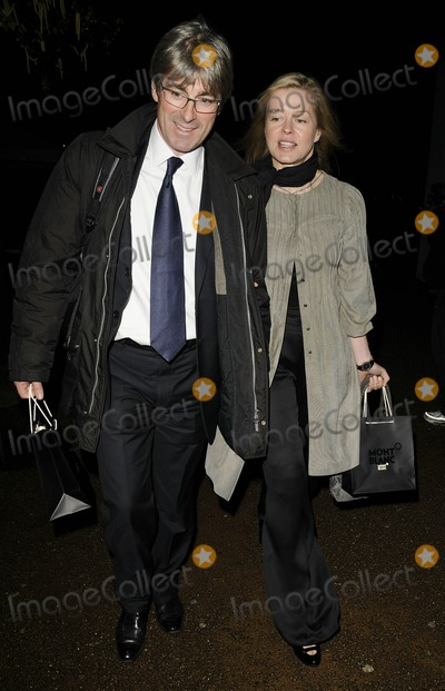 Lady Helen Taylor Photo - LondonUK  Lady Helen Taylor and Timothy Taylor at the Montblanc De La Culute Arts Partonage Awards at Tate Modern in London 16th April 2009 Can NguyenLandmark Media
