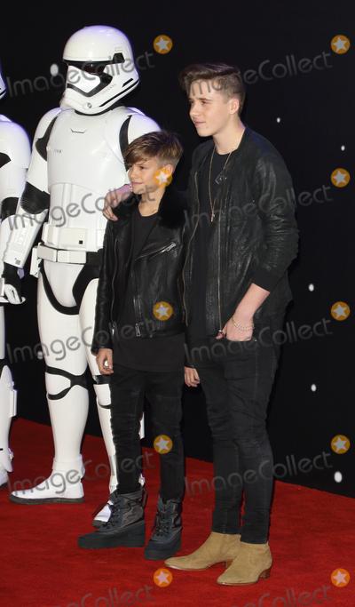 Brooklyn Beckham Photo - LondonUK Brooklyn Beckham and Romeo Beckham at the Star Wars The Force Awakens - European Premiere at Leicester Square  16th December 2015Ref LMK73-59062-171215Keith MayhewLandmark Media WWWLMKMEDIACOM