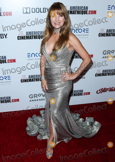 Jane Seymour Photo - BEVERLY HILLS LOS ANGELES CALIFORNIA USA - NOVEMBER 08 Jane Seymour arrives at the 33rd American Cinematheque Award Presentation Honoring Charlize Theron held at The Beverly Hilton Hotel on November 8 2019 in Beverly Hills Los Angeles California United States (Photo by Xavier CollinImage Press Agency)