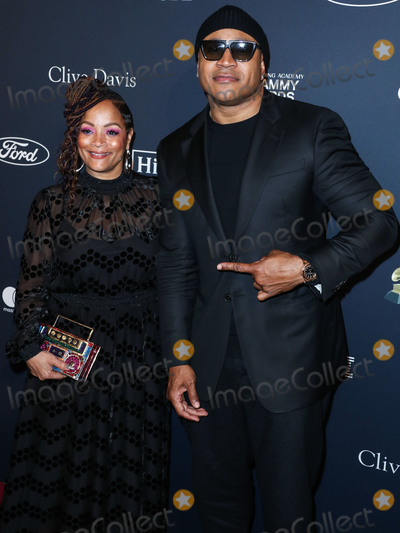 LL Cool J Photo - BEVERLY HILLS LOS ANGELES CALIFORNIA USA - JANUARY 25 Simone Smith and LL Cool J arrive at The Recording Academy And Clive Davis 2020 Pre-GRAMMY Gala held at The Beverly Hilton Hotel on January 25 2020 in Beverly Hills Los Angeles California United States (Photo by Xavier CollinImage Press Agency)