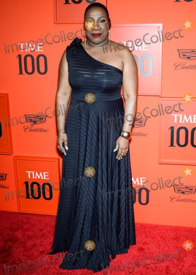 Tarana Burke Photo - MANHATTAN NEW YORK CITY NEW YORK USA - APRIL 23 Tarana Burke arrives at the 2019 Time 100 Gala held at the Frederick P Rose Hall at Jazz At Lincoln Center on April 23 2019 in Manhattan New York City New York United States (Photo by Image Press Agency)