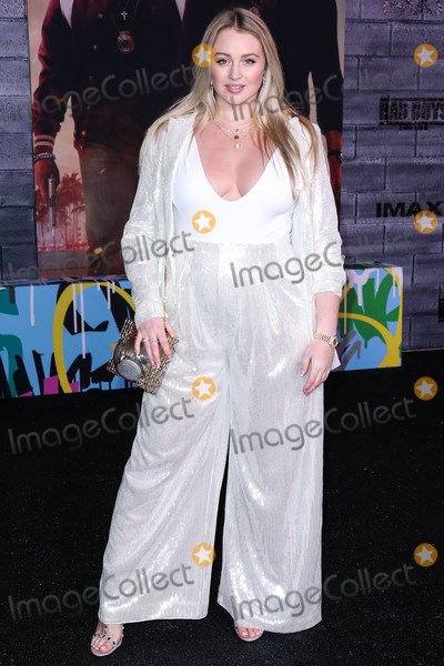 Iskra Lawrence Photo - HOLLYWOOD LOS ANGELES CALIFORNIA USA - JANUARY 14 Iskra Lawrence arrives at the Los Angeles Premiere Of Columbia Pictures Bad Boys For Life held at the TCL Chinese Theatre IMAX on January 14 2020 in Hollywood Los Angeles California United States (Photo by Xavier CollinImage Press Agency)