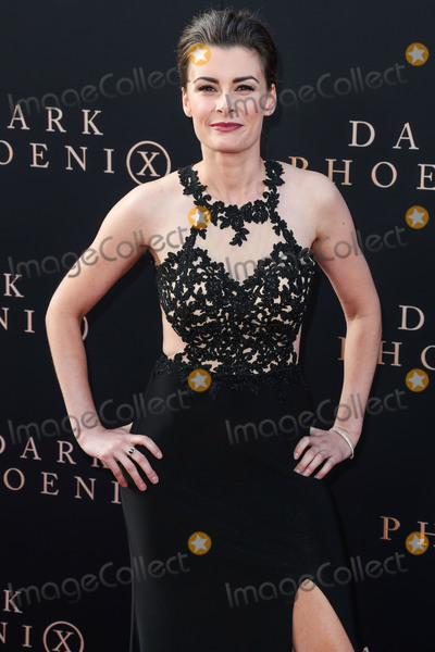 Aphra Williams Photo - HOLLYWOOD LOS ANGELES CALIFORNIA USA - JUNE 04 Actress Aphra Williams arrives at the Los Angeles Premiere Of 20th Century Foxs Dark Phoenix held at the TCL Chinese Theatre IMAX on June 4 2019 in Hollywood Los Angeles California United States (Photo by Xavier CollinImage Press Agency)