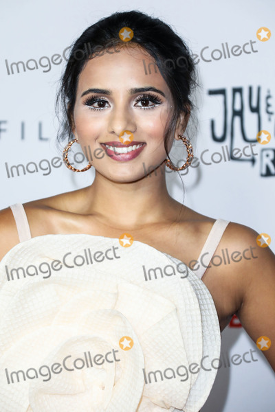 Aparna Briell Photo - HOLLYWOOD LOS ANGELES CALIFORNIA USA - OCTOBER 14 Actress Aparna Brielle arrives at the Los Angeles Premiere Of Saban Films Jay and Silent Bob Reboot held at the TCL Chinese Theatre IMAX on October 14 2019 in Hollywood Los Angeles California United States (Photo by David AcostaImage Press Agency)
