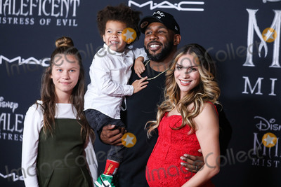 Allison Holker Photo - HOLLYWOOD LOS ANGELES CALIFORNIA USA - SEPTEMBER 30 Weslie Fowler Maddox Laurel Boss Stephen Boss and Allison Holker arrive at the World Premiere Of Disneys Maleficent Mistress Of Evil held at the El Capitan Theatre on September 30 2019 in Hollywood Los Angeles California United States (Photo by Xavier CollinImage Press Agency)