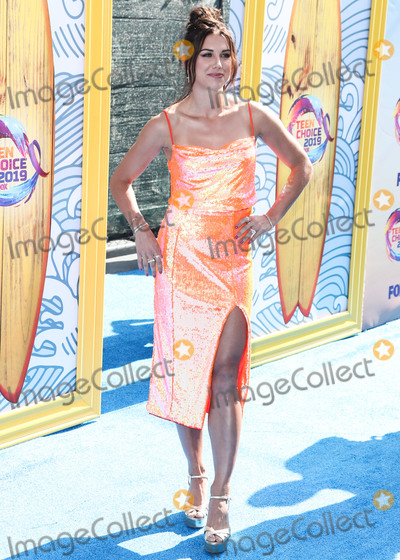 Alex Morgan Photo - HERMOSA BEACH LOS ANGELES CALIFORNIA USA - AUGUST 11 American soccer player Alex Morgan arrives at FOXs Teen Choice Awards 2019 held at the Hermosa Beach Pier Plaza on August 11 2019 in Hermosa Beach Los Angeles California United States (Photo by Xavier CollinImage Press Agency)