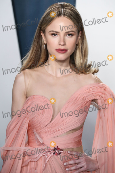 Halston Sage Photo - BEVERLY HILLS LOS ANGELES CALIFORNIA USA - FEBRUARY 09 Halston Sage arrives at the 2020 Vanity Fair Oscar Party held at the Wallis Annenberg Center for the Performing Arts on February 9 2020 in Beverly Hills Los Angeles California United States (Photo by Xavier CollinImage Press Agency)