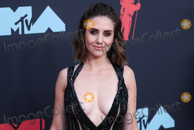 Alison Brie Photo - NEWARK NEW JERSEY USA - AUGUST 26 Actress Alison Brie wearing an Elie Saab dress and Giuseppe Zanotti shoes arrives at the 2019 MTV Video Music Awards held at the Prudential Center on August 26 2019 in Newark New Jersey United States (Photo by Xavier CollinImage Press Agency)