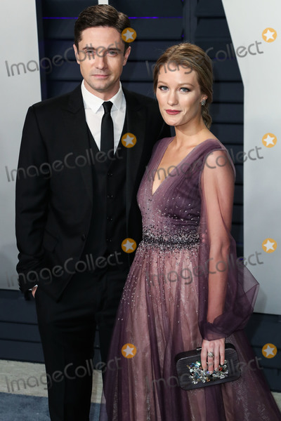 Ashley Hinshaw Photo - BEVERLY HILLS LOS ANGELES CA USA - FEBRUARY 24 Actor Topher Grace and wifeactress Ashley Hinshaw arrive at the 2019 Vanity Fair Oscar Party held at the Wallis Annenberg Center for the Performing Arts on February 24 2019 in Beverly Hills Los Angeles California United States (Photo by Xavier CollinImage Press Agency)