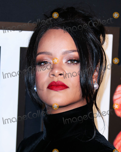 Robyn Photo - (FILE) Rihannas Charity Donates 5 Million for Global Coronavirus COVID-19 Pandemic Relief Rihannas charity organization the Clara Lionel Foundation has donated 5 million to support efforts combating the novel coronavirus MANHATTAN NEW YORK CITY NEW YORK USA - SEPTEMBER 12 Singer Rihanna (Robyn Rihanna Fenty) wearing a Givenchy dress arrives at Rihannas 5th Annual Diamond Ball Benefitting The Clara Lionel Foundation held at Cipriani Wall Street on September 12 2019 in Manhattan New York City New York United States (Photo by Xavier CollinImage Press Agency)