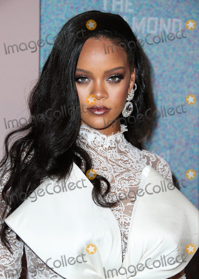 Robyn Photo - (FILE) Rihannas Charity Donates 5 Million for Global Coronavirus COVID-19 Pandemic Relief Rihannas charity organization the Clara Lionel Foundation has donated 5 million to support efforts combating the novel coronavirus MANHATTAN NEW YORK CITY NEW YORK USA - SEPTEMBER 13 Singer Rihanna (Robyn Rihanna Fenty) wearing an Alexis Mabille Couture outfit and Chopard jewelry arrives at Rihannas 4th Annual Diamond Ball Benefitting The Clara Lionel Foundation held at Cipriani Wall Street on September 13 2018 in Manhattan New York City New York United States (Photo by Xavier CollinImage Press Agency)