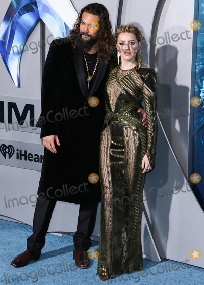 Amber Heard Photo - HOLLYWOOD LOS ANGELES CA USA - DECEMBER 12 Actor Jason Momoa and actress Amber Heard arrive at the Los Angeles Premiere Of Warner Bros Pictures Aquaman held at the TCL Chinese Theatre IMAX on December 12 2018 in Hollywood Los Angeles California United States (Photo by David AcostaImage Press Agency)