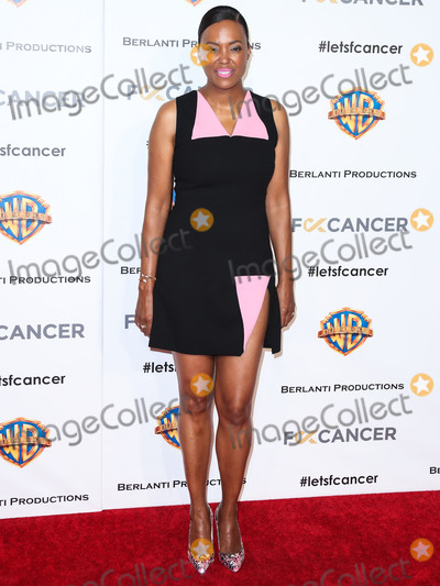 Aisha Tyler Photo - BURBANK LOS ANGELES CA USA - OCTOBER 13 Aisha Tyler at Fck Cancers 1st Annual Barbara Berlanti Heroes Gala held at Warner Bros Studios on October 13 2018 in Burbank Los Angeles California United States (Photo by Xavier CollinImage Press Agency)