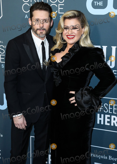 Gallagher Photo - SANTA MONICA LOS ANGELES CALIFORNIA USA - JANUARY 12 Brian Gallagher and Megan Hilty arrive at the 25th Annual Critics Choice Awards held at the Barker Hangar on January 12 2020 in Santa Monica Los Angeles California United States (Photo by Xavier CollinImage Press Agency)
