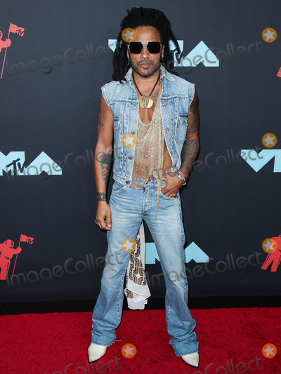 Lenny Kravitz Photo - NEWARK NEW JERSEY USA - AUGUST 26 Singer Lenny Kravitz arrives at the 2019 MTV Video Music Awards held at the Prudential Center on August 26 2019 in Newark New Jersey United States (Photo by Xavier CollinImage Press Agency)