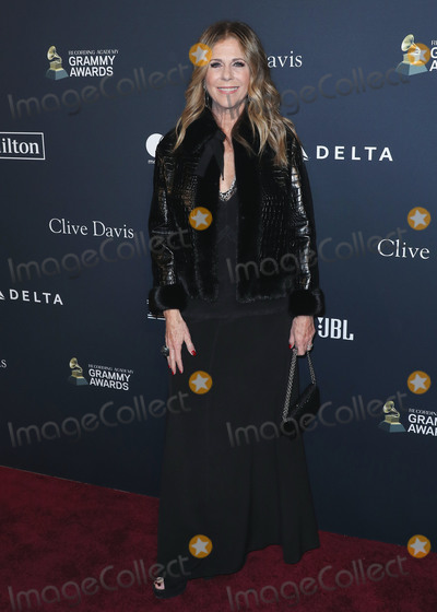 Clive Davis Photo - BEVERLY HILLS LOS ANGELES CALIFORNIA USA - JANUARY 25 Rita Wilson arrives at The Recording Academy And Clive Davis 2020 Pre-GRAMMY Gala held at The Beverly Hilton Hotel on January 25 2020 in Beverly Hills Los Angeles California United States (Photo by Xavier CollinImage Press Agency)