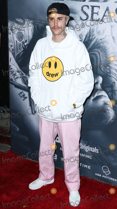 Justin Bieber Photo - WESTWOOD LOS ANGELES CALIFORNIA USA - JANUARY 27 Singer Justin Bieber arrives at the Los Angeles Premiere Of YouTube Originals Justin Bieber Seasons held at the Regency Bruin Theatre on January 27 2020 in Westwood Los Angeles California United States (Photo by Xavier CollinImage Press Agency)