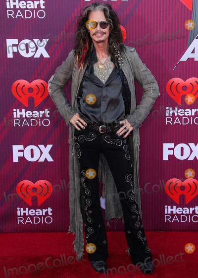 Steven Tyler Photo - LOS ANGELES CA USA - MARCH 14 Steven Tyler arrives at the 2019 iHeartRadio Music Awards held at Microsoft Theater at LA Live on March 14 2019 in Los Angeles California United States (Photo by Xavier CollinImage Press Agency)