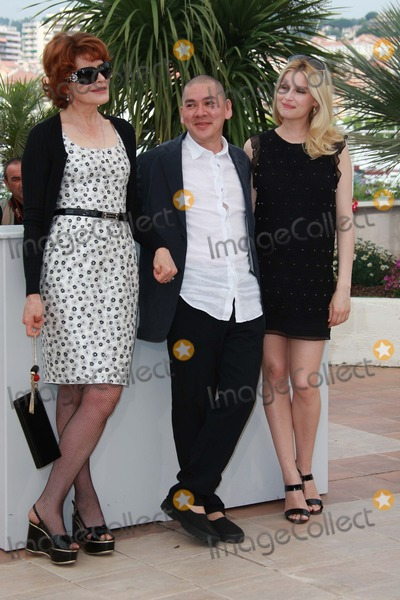 Tsai Ming Liang Photo - Fanny Ardant Tsai Ming-liang  Laetitia Casta Actresss  Director attends the 2009 Cannes Film Festival Photocall For Visage
