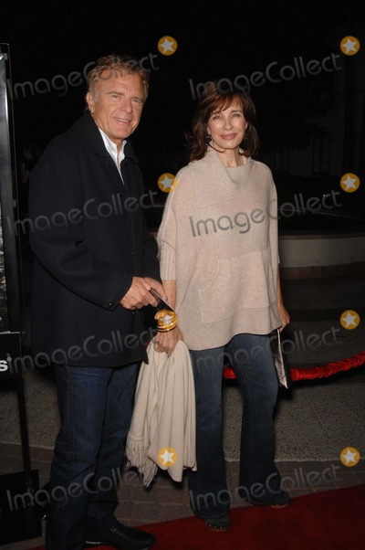 Terry Jastrow Photo - Terry Jastrow and Anne Archer during the premiere of the new movie from Paramount Vantage WAITING FOR SUPERMAN held at the Paramount Threatre on the lot at Paramount Studios on September 20 2010 in Los AngelesPhoto Michael Germana  - Globe Photos Inc 2010K65958mge
