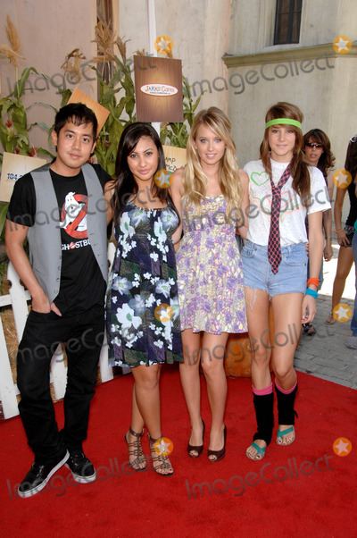 Allen Evangelista Photo - Allen Evangelista Francia Raisa Megan Park and Shailene Woodley During the 17th Annual Camp Ronald Mcdonald Family Halloween Carnival Held at Universal Studios Back Lot in Los Angeles California 10-25-2009 Photo Michael Germana - Globe Photos Inc