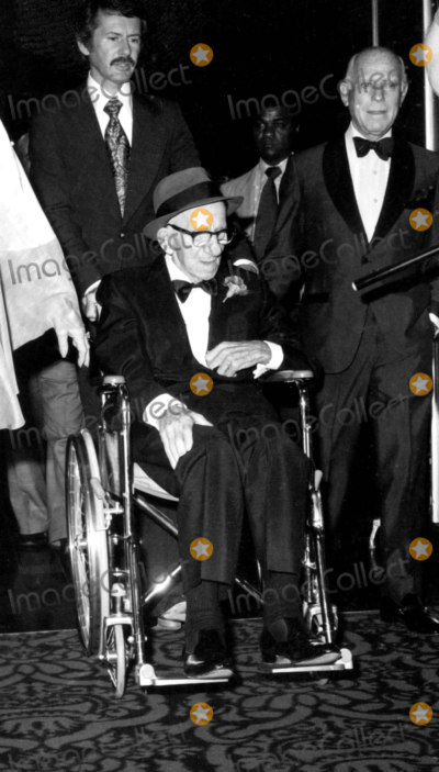 Jimmy Durante Photo - Jimmy Durante Recovering From a Stroke Arrives at Beverly Hilton Hotel For His Testimonial Photo Nate CutlerGlobe Photos Inc