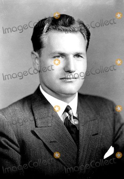 Nelson Rockefeller Photo - Nelson Rockefeller 881944 HeGlobe Photos Inc