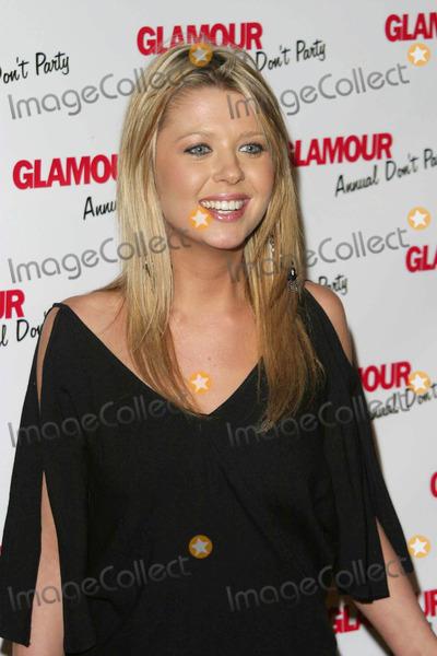 Tara Reid Photo - Tara Reid - Glamour Dont Party - Shakeys Pizza Hollywood CA - 05082003 - Photo by Nina PrommerGlobe Photos Inc2003