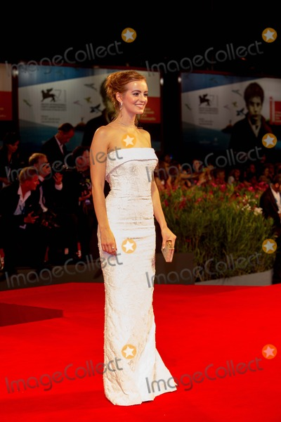 Ahna OReilly Photo - Actress Ahna Oreilly Poses at the Premiere of shes Funny That Way During the 71st Venice International Film Festival in Venice Italy 29 August 2014 Photo Alec Michael