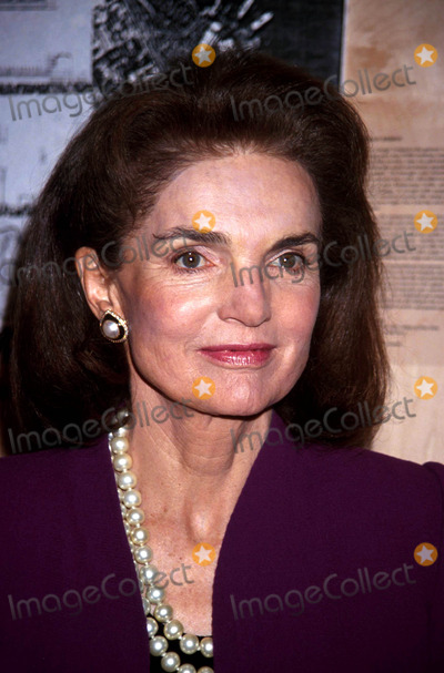 Jacqueline Kennedy Onassis Photo - 141993 Bill Moyers Book Party For Healing and the Mind Bill Moyers and Jacqueline Kennedy Onassis Photo by Stephen TruppGlobe Photos Inc L4655st Jacquelinekennedyonassisretro