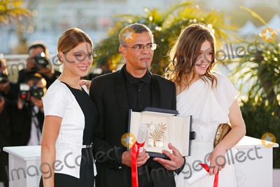 Abdellatif Kechiche Photo - Abdellatif Kechiche Lea Seydoux (L) Adele Exarchopoulos (R) Golden Palm For Best Feature Film Winners Photo Call 66th Cannes Film Festival Cannes France May 26 2013 Roger Harvey