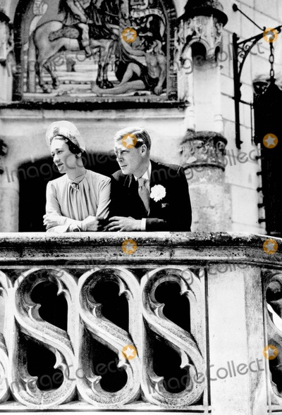 Cecil Beaton Photo - Duke of Windsor with Duchess of Windsor Photo by Cecil Beaton -Globe Photos Inc